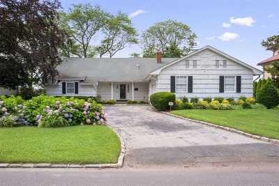 Hewlett Single Family Home For Sale: 1036 Channel Dr