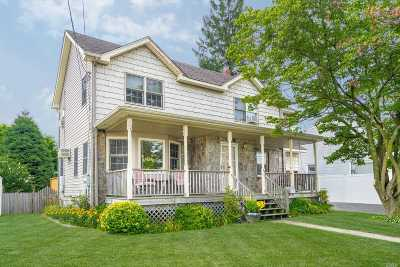 Bethpage Single Family Home For Sale: 65 Roosevelt Dr