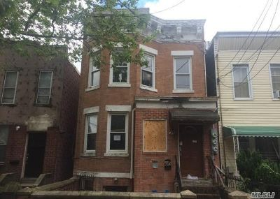 Brooklyn Multi Family Home For Sale: 670 Elton St