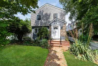 W. Hempstead Single Family Home For Sale: 326 Woodfield/Colony Rd