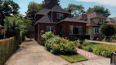 Queens County Single Family Home For Sale: 185-30 Ilion Ave