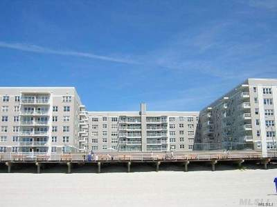 Long Beach NY Co-op For Sale: $449,000