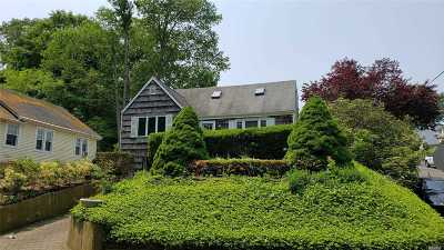 Oyster Bay Single Family Home For Sale: 46 McCouns Ln