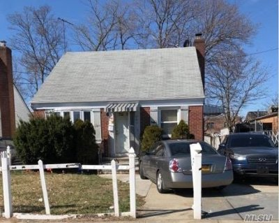Nassau County Single Family Home For Sale: 286 Locust Ave