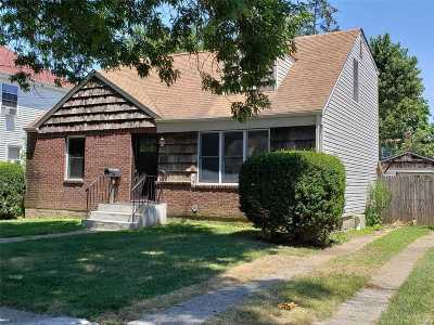 Nassau County Single Family Home For Sale: 115 Marvin Ave