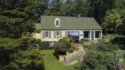 Nassau County Single Family Home For Sale: 473 Berry Hill Rd