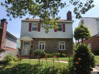 Bayside Single Family Home For Sale: 79-31 210 St