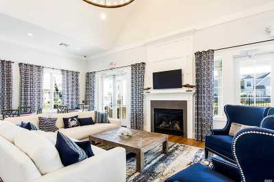 Suffolk County Condo/Townhouse For Sale: 1202 High Pond Ln