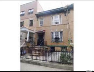 Brooklyn Single Family Home For Sale: 930 58 St