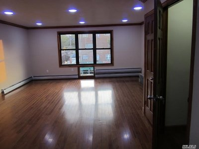 Brooklyn Multi Family Home For Sale: 626 Pine St
