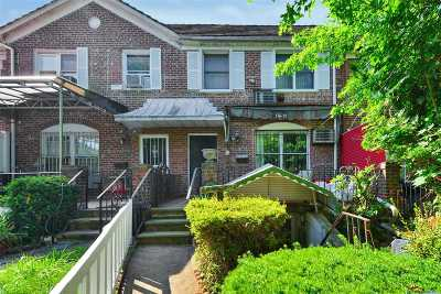 Queens County Single Family Home For Sale: 13672 71st Rd