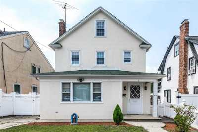 Queens County Single Family Home For Sale: 38-18 204th St