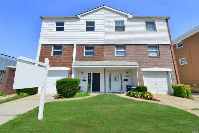 Bayside Multi Family Home For Sale: 221-21 Horace Harding Expy