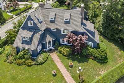 Douglaston Single Family Home For Sale: 1120 Shore Rd