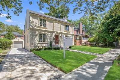 Jamaica Estates Single Family Home For Sale: 82-33 190th St