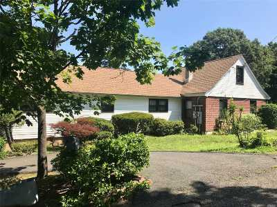 Sound Beach Multi Family Home For Sale: 23 Southold Rd