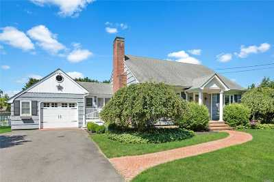 Cutchogue Single Family Home For Sale: 2200 Harbor Ln