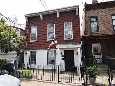 Astoria Multi Family Home For Sale: 1818 25th Rd