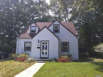 W. Hempstead Single Family Home For Sale: 706 Partridge Ave
