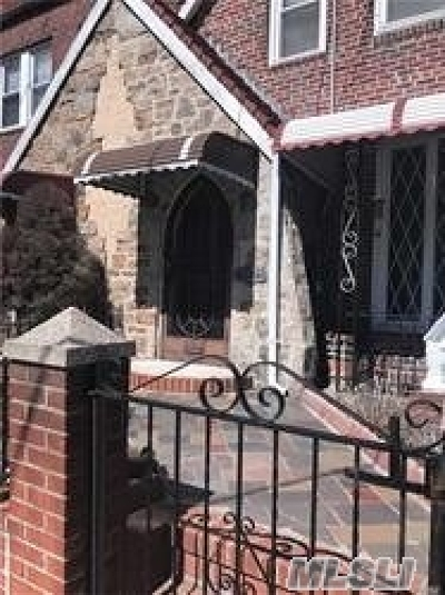 Queens Village Single Family Home For Sale: 216-31 113th Dr