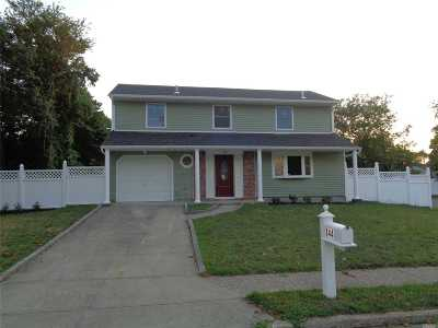 Central Islip Single Family Home For Sale: 144 Root Ave