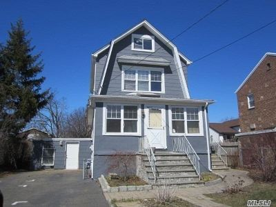 Garden City Multi Family Home For Sale: 19 6th St