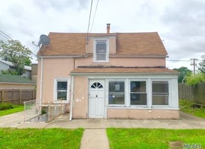 Lawrence Single Family Home For Sale: 253 John St