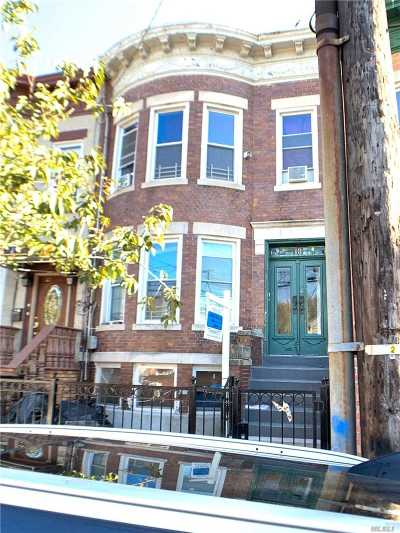 Brooklyn Multi Family Home For Sale: 18 Danforth St