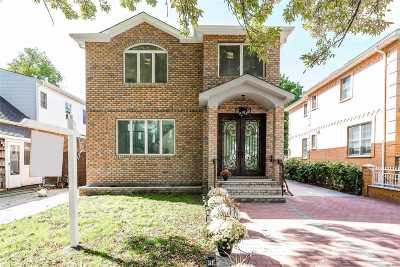 Bellerose, Glen Oaks Single Family Home For Sale: 8120 252nd St