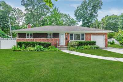 Northport Single Family Home For Sale: 15 Ambrose Ln