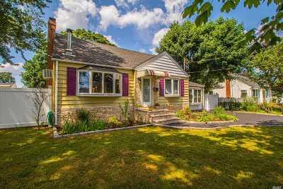 W. Babylon Single Family Home For Sale: 218 12th St