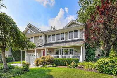 Syosset Single Family Home For Sale: 121 Ira Rd