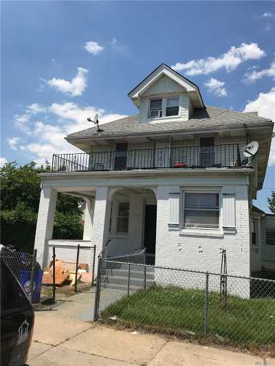 Long Beach Multi Family Home For Sale: 121 W Chester St