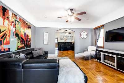 Brooklyn Single Family Home For Sale: 4613 Clarendon Rd