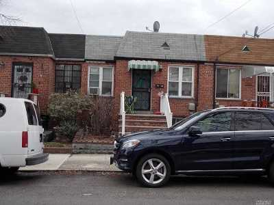 Middle Village Single Family Home For Sale: 63-52 Pleasantview St