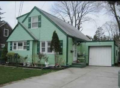Hicksville Single Family Home For Sale: 8 Franklin St