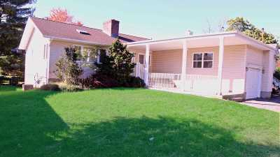 Seaford Single Family Home For Sale: 1790 W Seamans Neck Rd