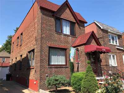 Middle Village Single Family Home For Sale: 63-66 84 Pl