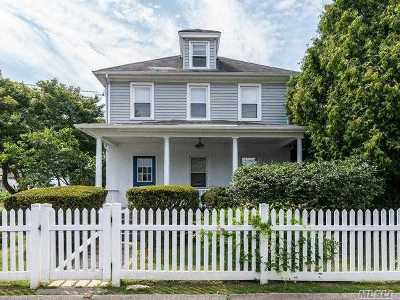 Locust Valley Single Family Home For Sale: 15 Cross St