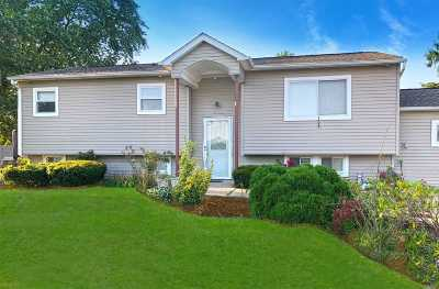 Medford Single Family Home For Sale: 2501 Wave Ave