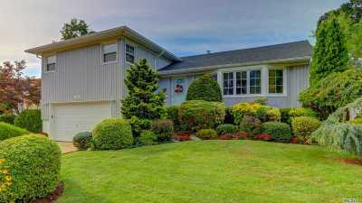 Massapequa Single Family Home For Sale: 105 Greenwood Dr