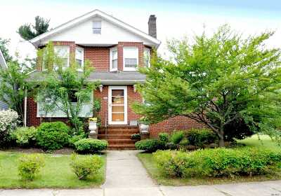 Valley Stream Single Family Home For Sale: 12 Locust St
