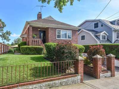 Little Neck Single Family Home For Sale: 249-44 Beechknoll Ave