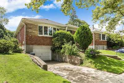 Little Neck Single Family Home For Sale: 262-16 60 Rd