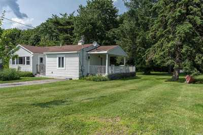 Greenport Single Family Home For Sale: 450 Bayview Ave