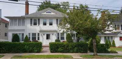 Little Neck Single Family Home For Sale: 42-30 248 St