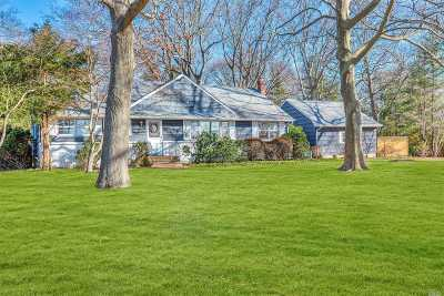 Mattituck Single Family Home For Sale: 1745 Ole Jule Ln