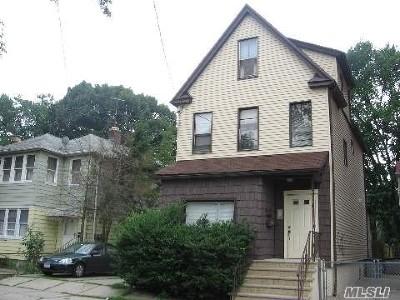 Flushing Multi Family Home For Sale: 4612 Smart St