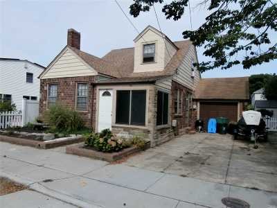 Point Lookout Single Family Home For Sale: 64 Inwood Ave