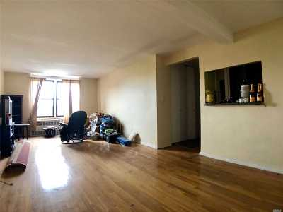 Jackson Heights Condo/Townhouse For Sale: 35-20 Leverich St #C749